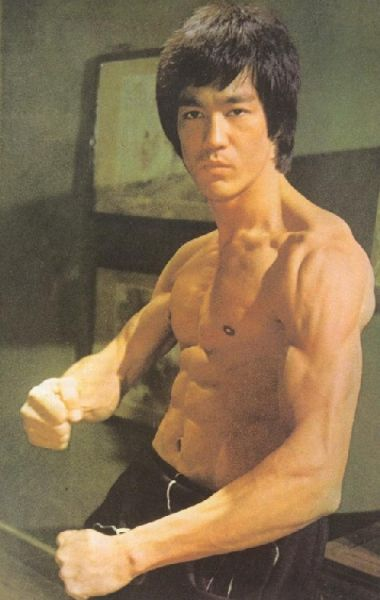 bruce lee muscle