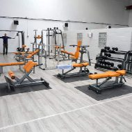 Salle de musculation orange