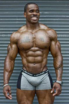 gay big muscle